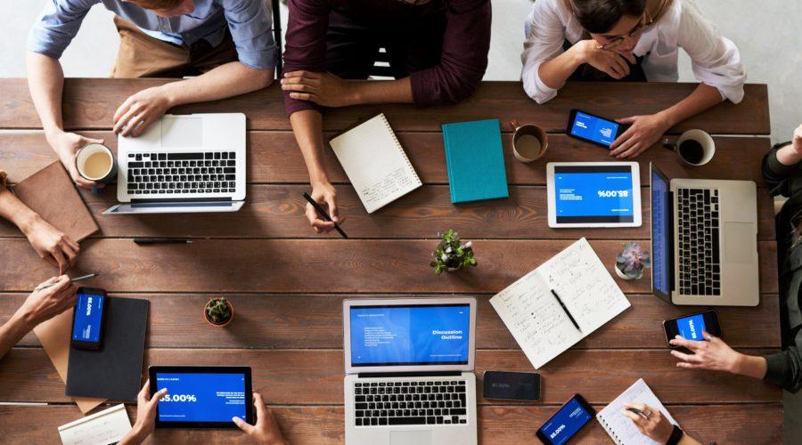 Outsourcing ušetří čas a peníze (i vám). Pro které obory a činnosti je jako stvořený?